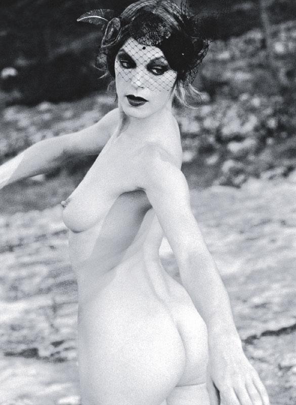 Эльке Винкенс голая. Фото - 2