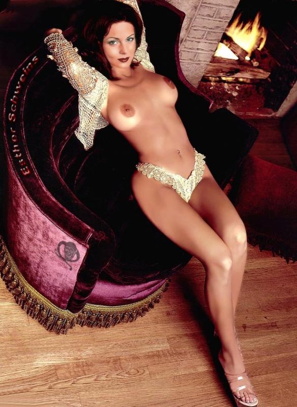 Эстер Швейнс голая. Фото - 33