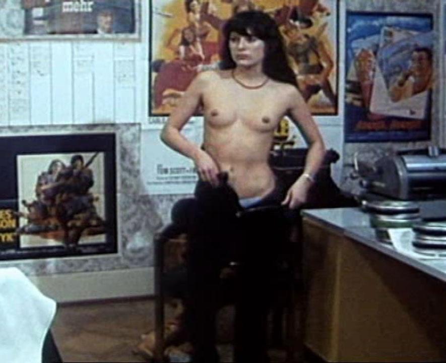 Эстер Стадер голая. Фото - 22