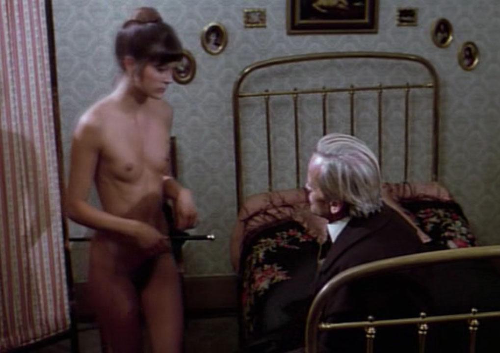 Эстер Стадер голая. Фото - 3