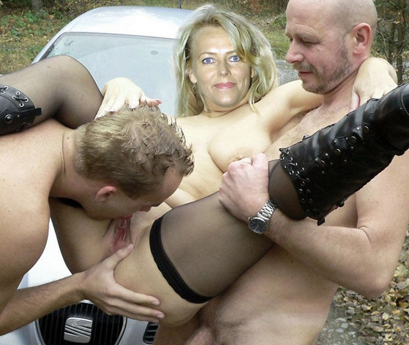 outdoor-sex-granny