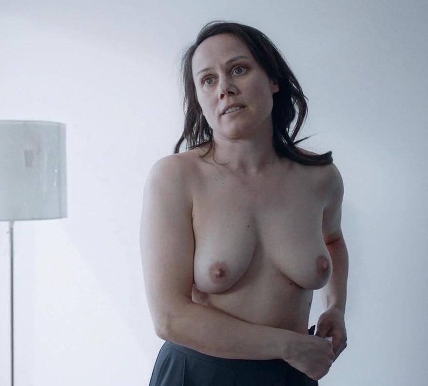 Ева Лёбау голая. Фото - 11