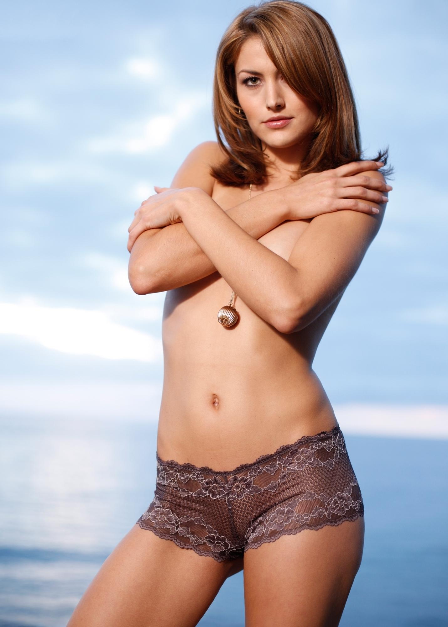 Teen Celebs Fiona Erdmann Winner Germanys Next Topmodel