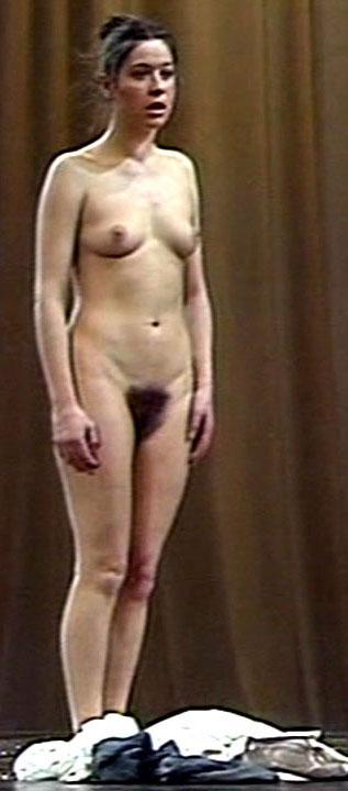 Франциска Вальзер голая. Фото - 9