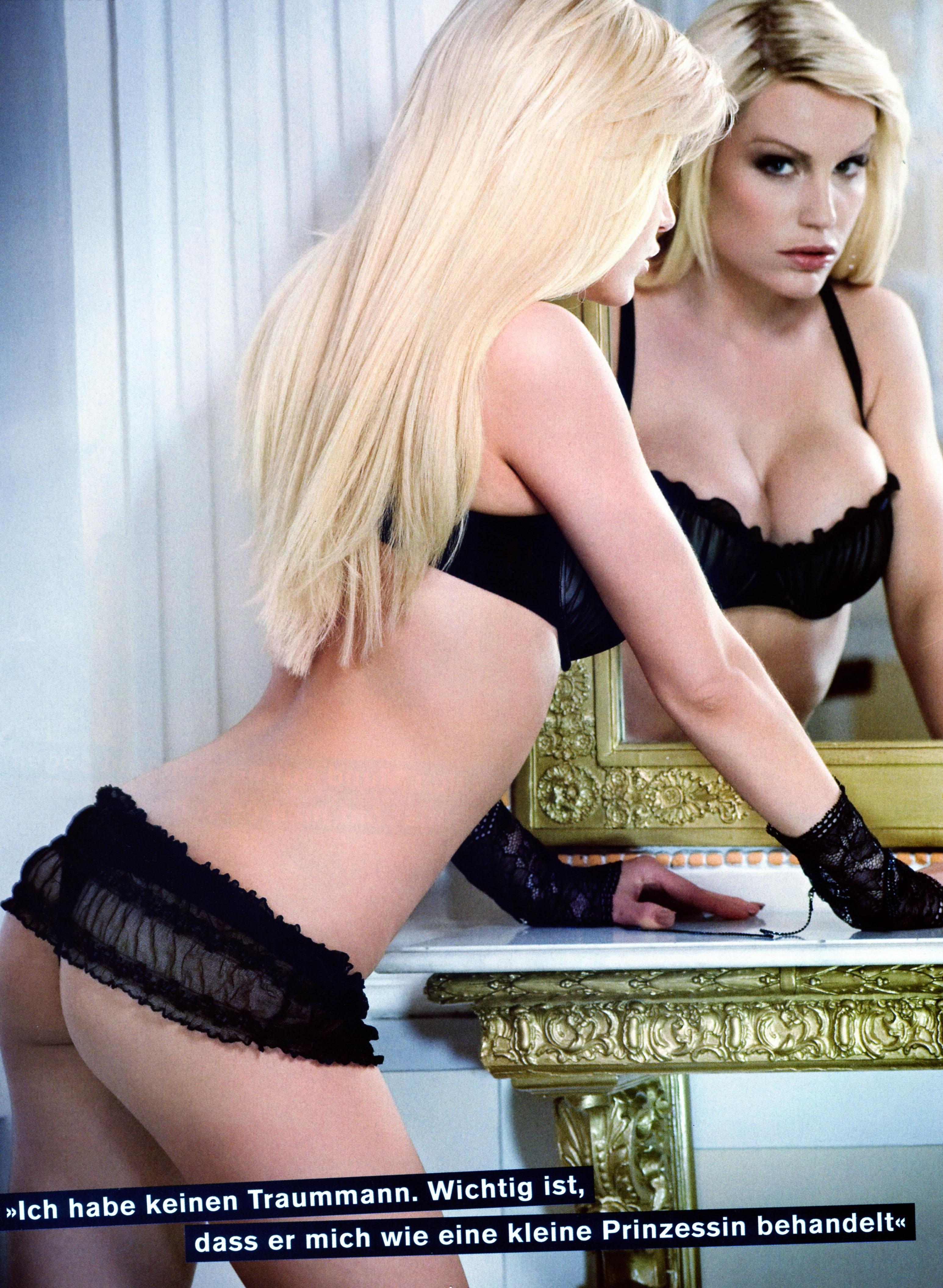 Джина-Лиза Лофинк голая. Фото - 3