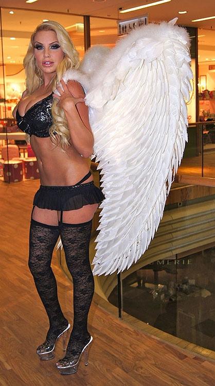 Джина-Лиза Лофинк голая. Фото - 32