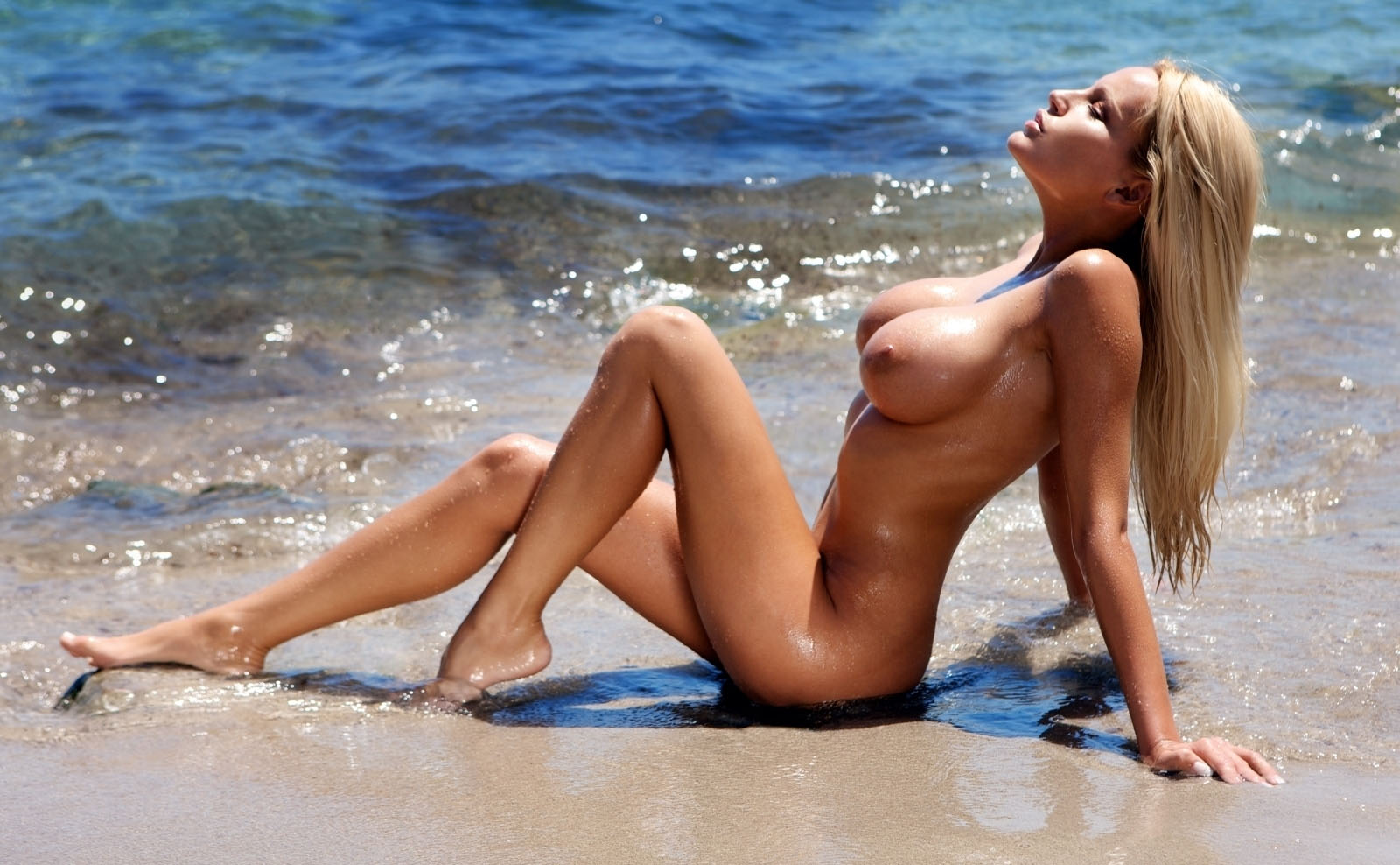 Джина-Лиза Лофинк голая. Фото - 55
