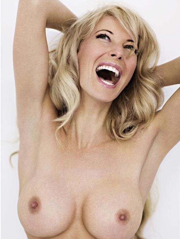 Джулия Зигель голая. Фото - 30
