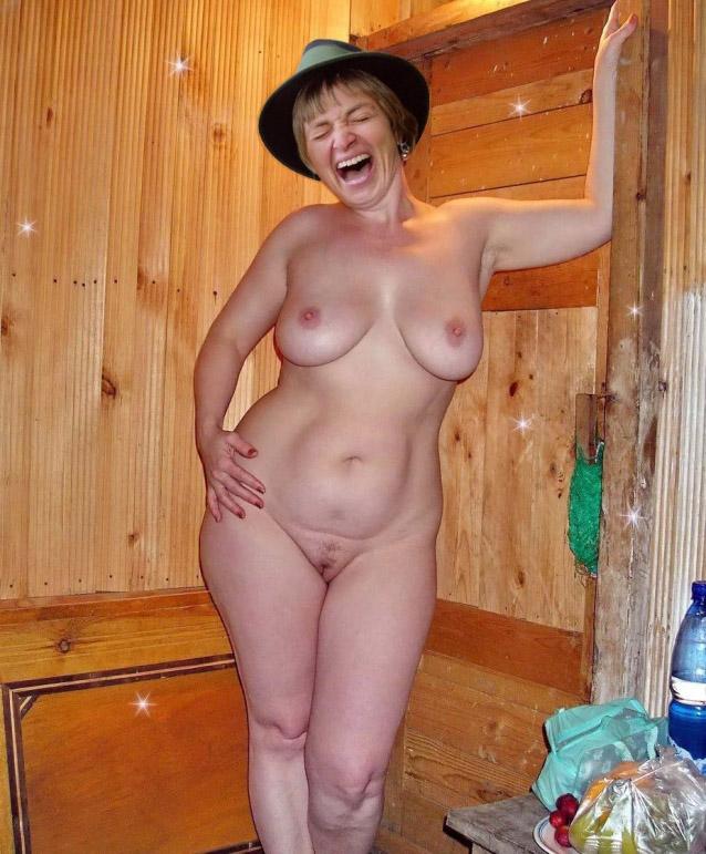 Глория Турн-и-Таксис голая. Фото - 3