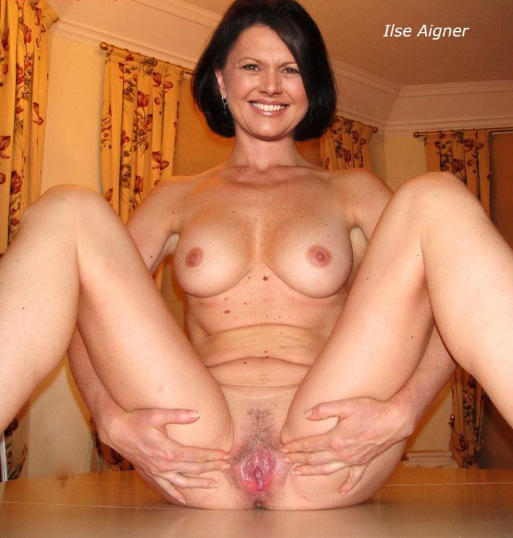 Ильзе Айгнер голая. Фото - 10