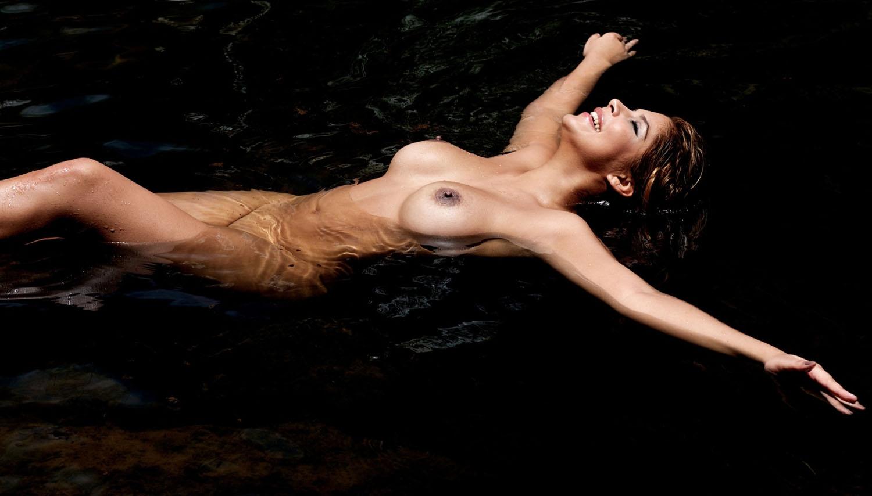 Индира Вайс голая. Фото - 47