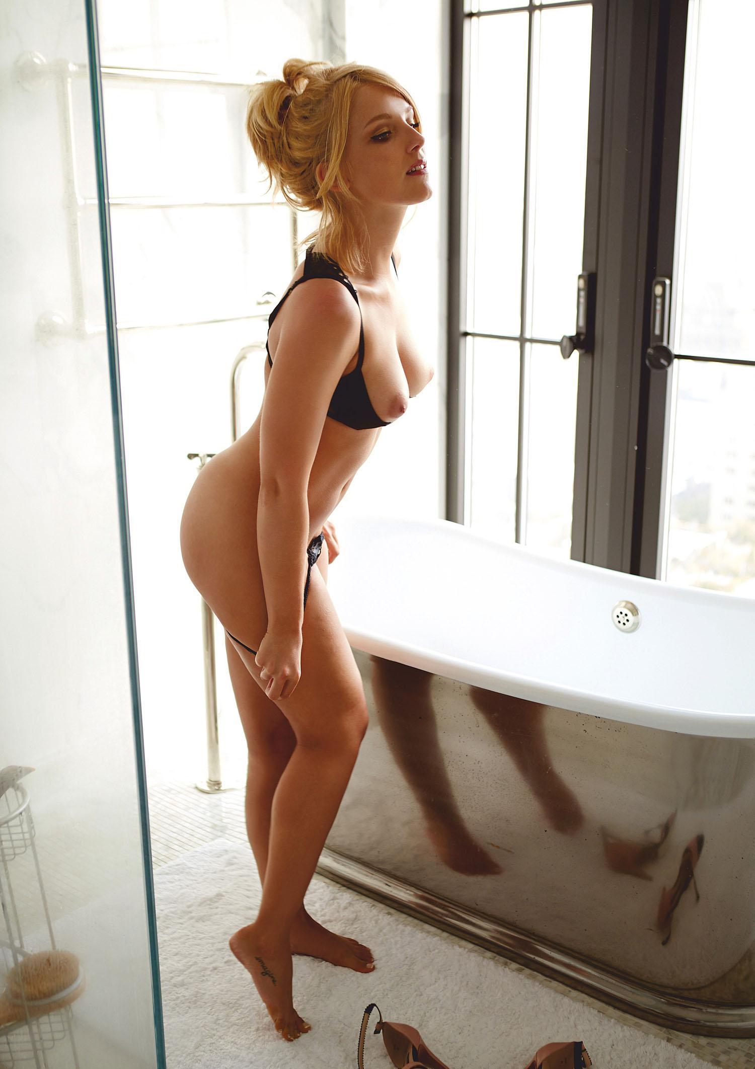 Ирис Марайке Штин голая. Фото - 36