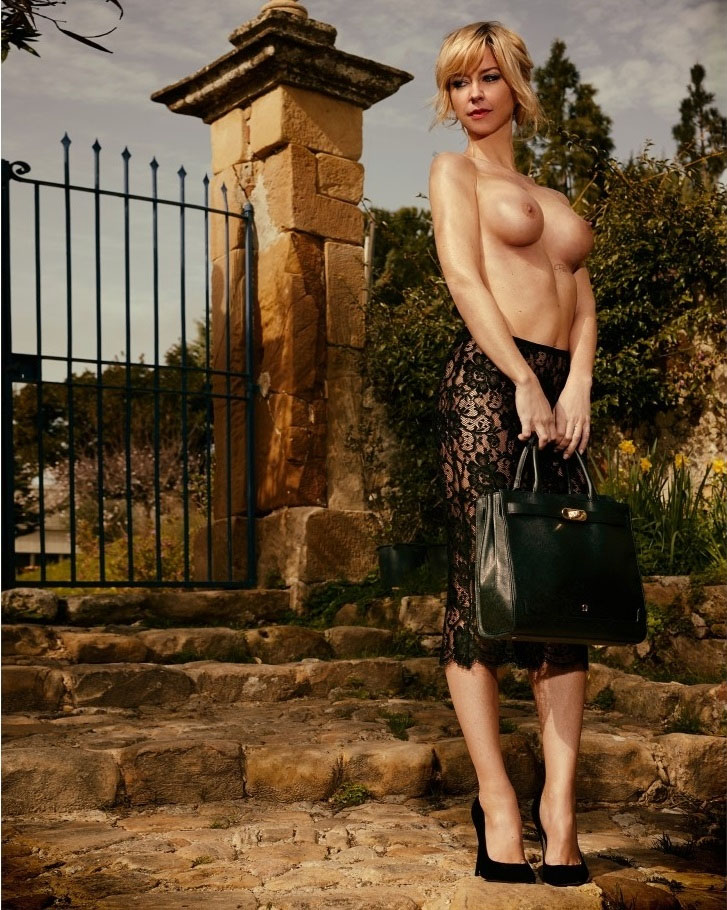 Naked german anna — img 1