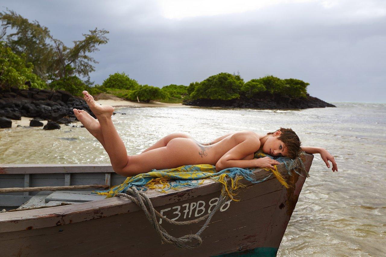 Изабель Хорн голая. Фото - 35