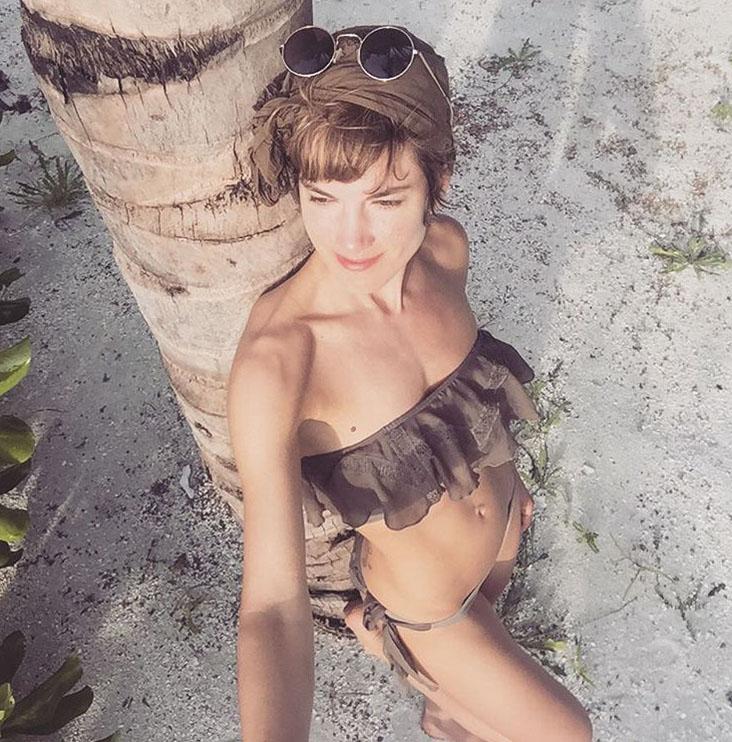 Изабель Хорн голая. Фото - 4