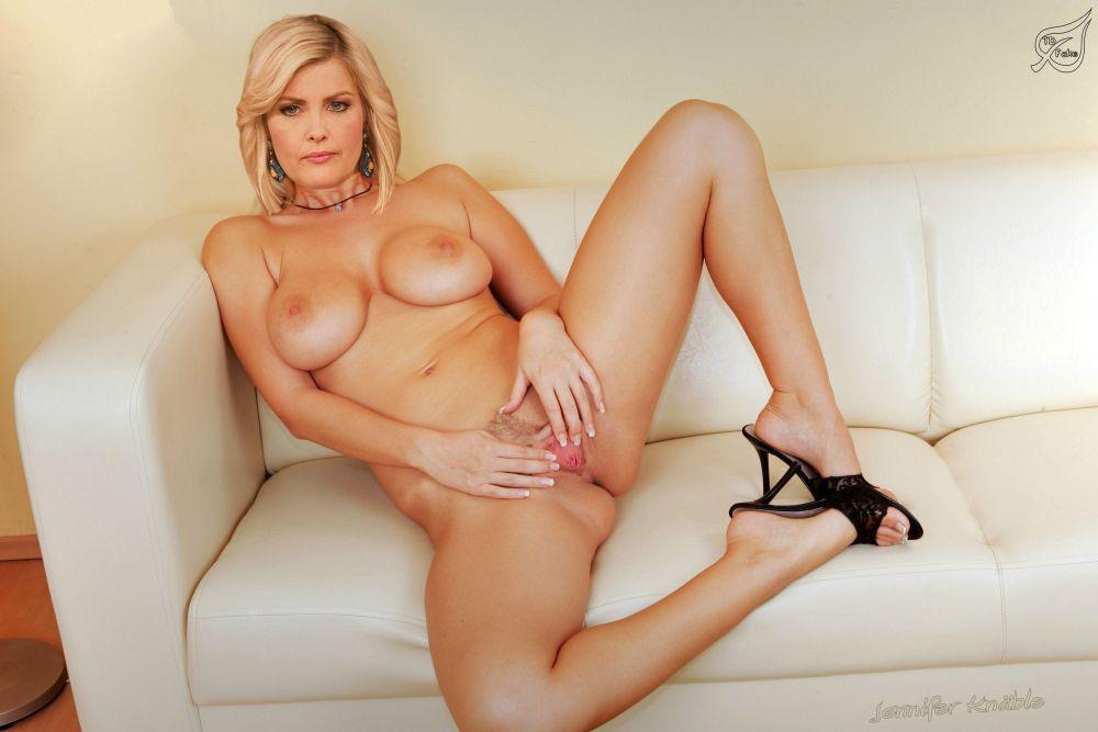 Jennifer Knäble nahá. Fotka - 3