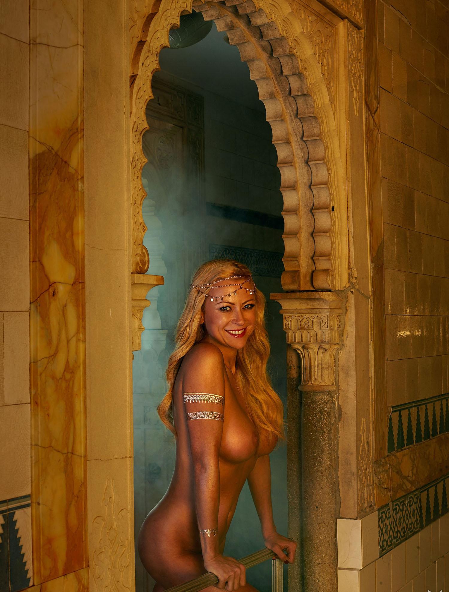 Дженни Элверс голая. Фото - 13