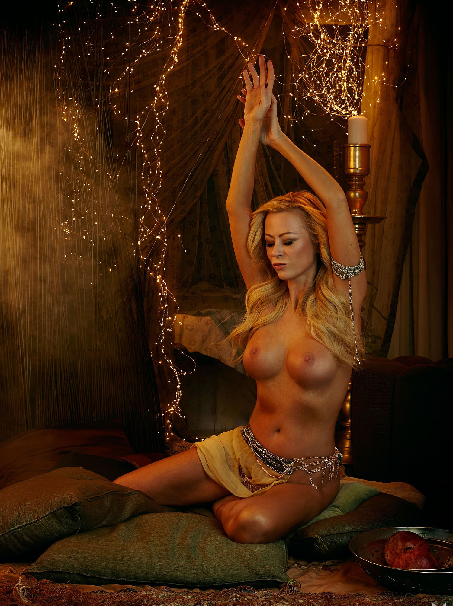 Дженни Элверс голая. Фото - 14