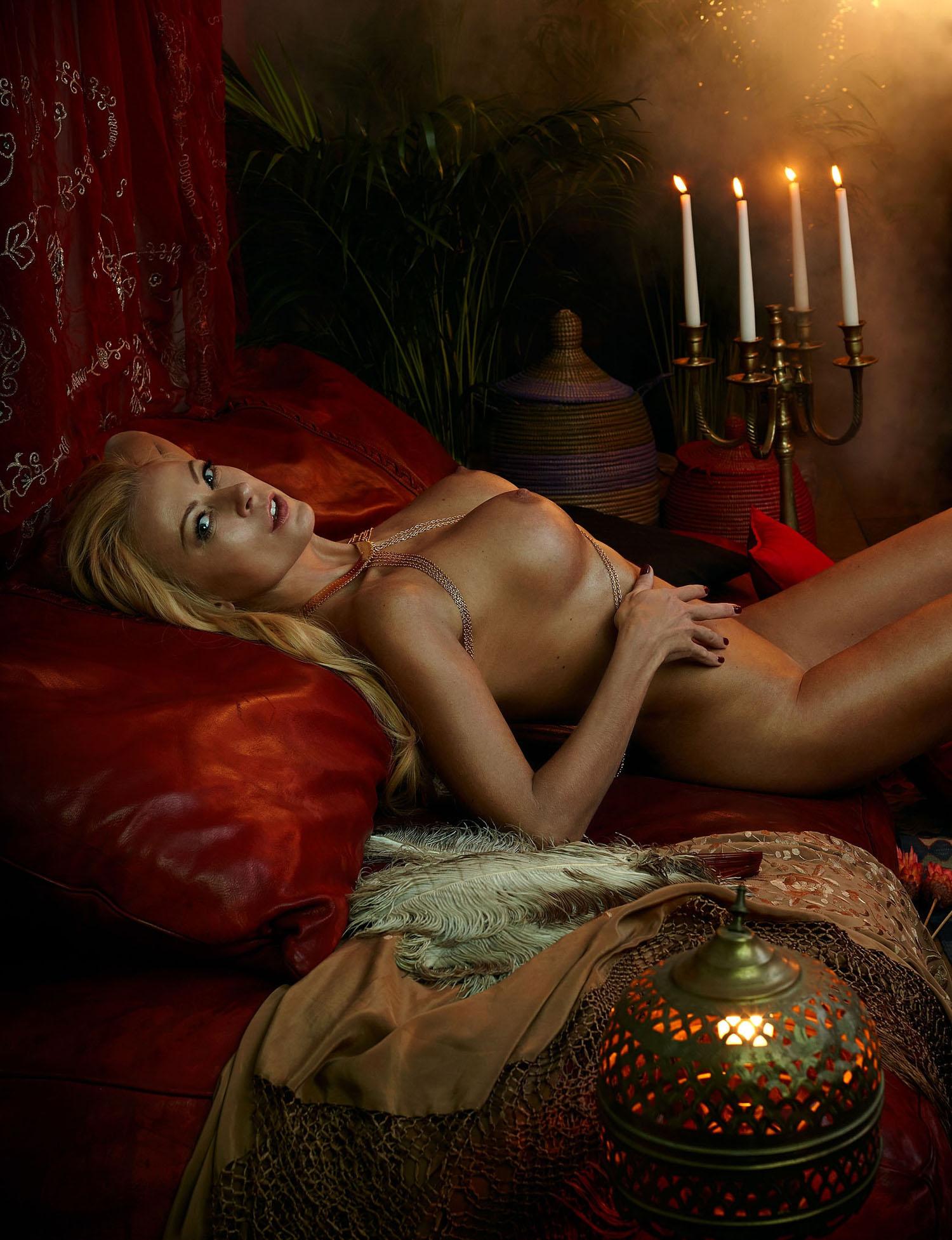 Дженни Элверс голая. Фото - 15