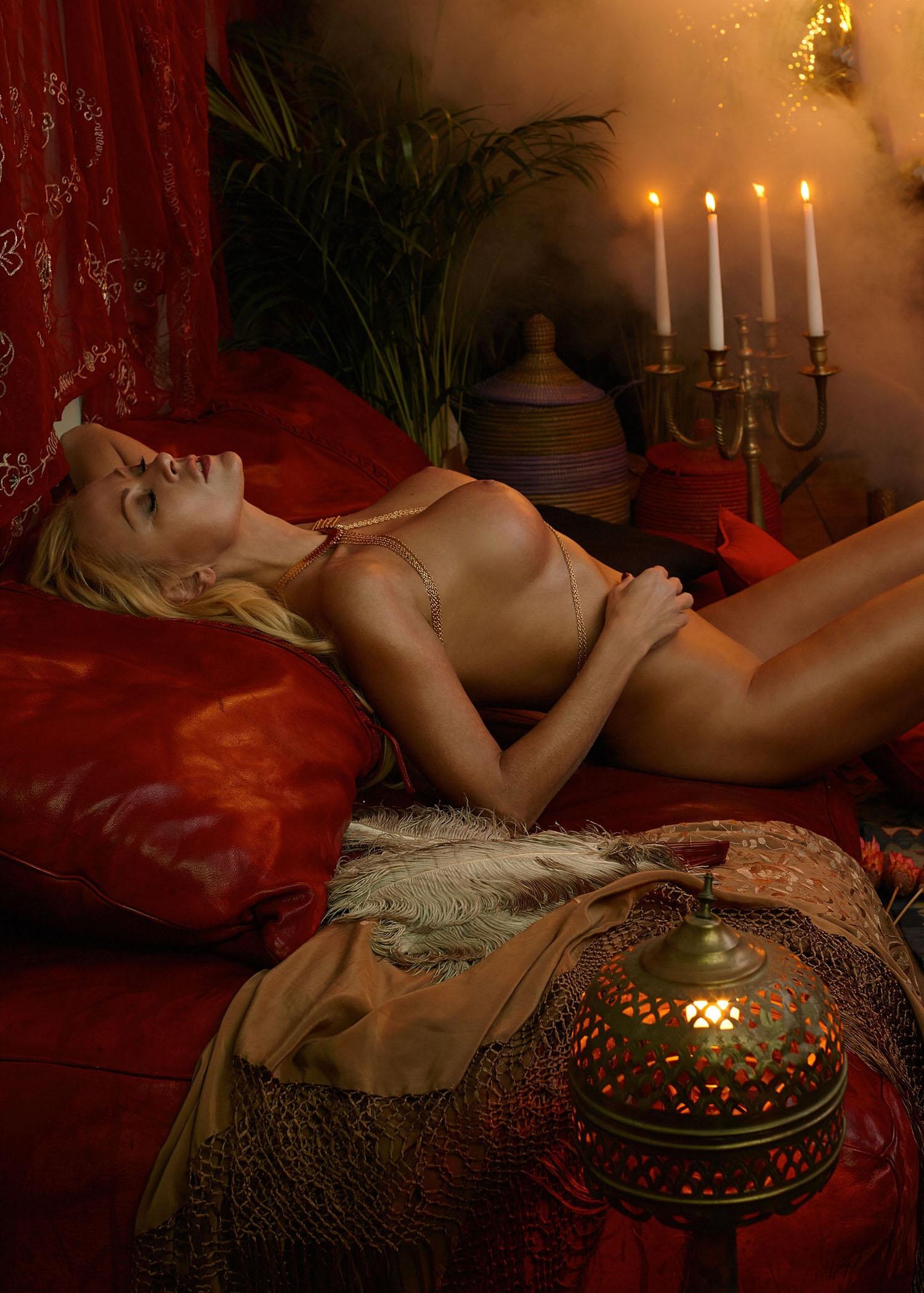Дженни Элверс голая. Фото - 43