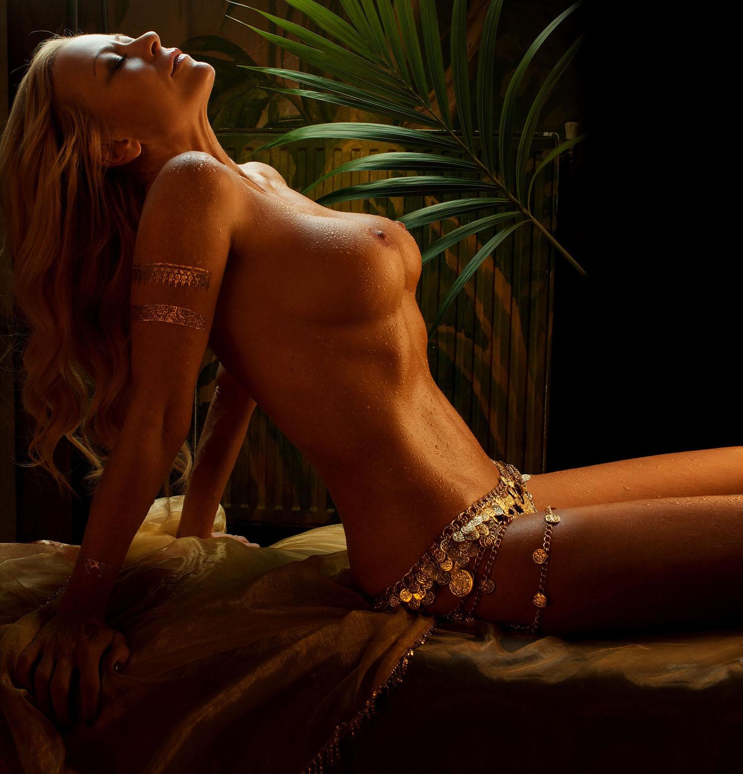 Дженни Элверс голая. Фото - 44