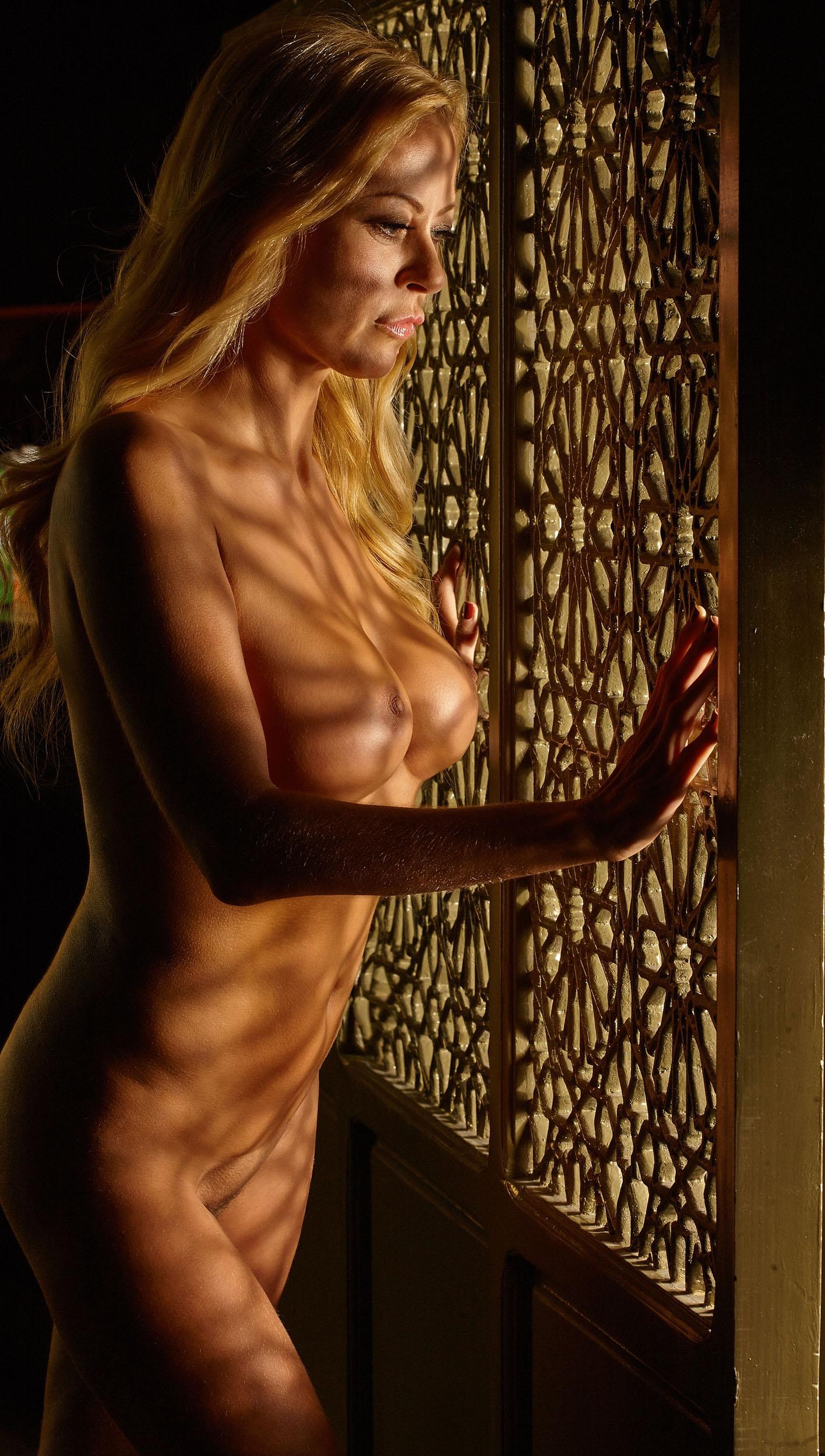 Дженни Элверс голая. Фото - 48