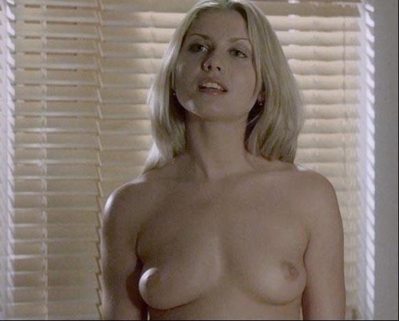 Джессика Бёрс голая. Фото - 1