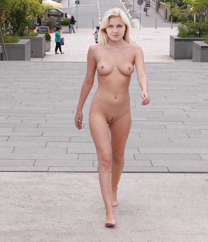 Джессика Бёрс голая. Фото - 8