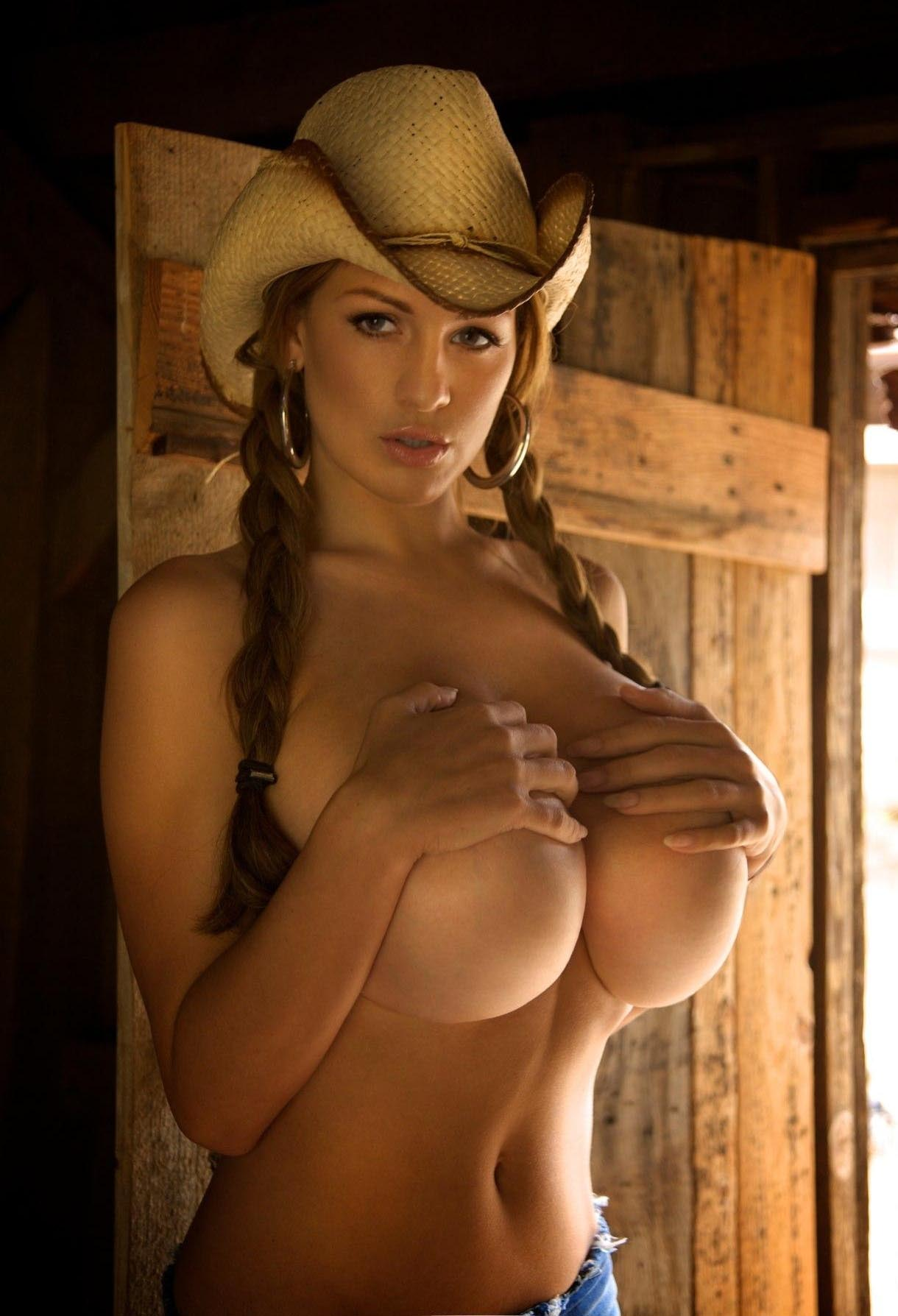 naked-cowgirl-model