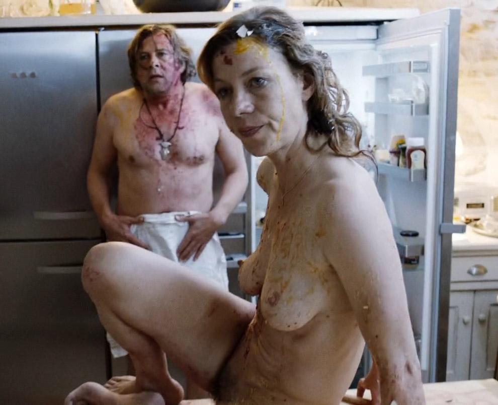 Юля Бёве голая. Фото - 6