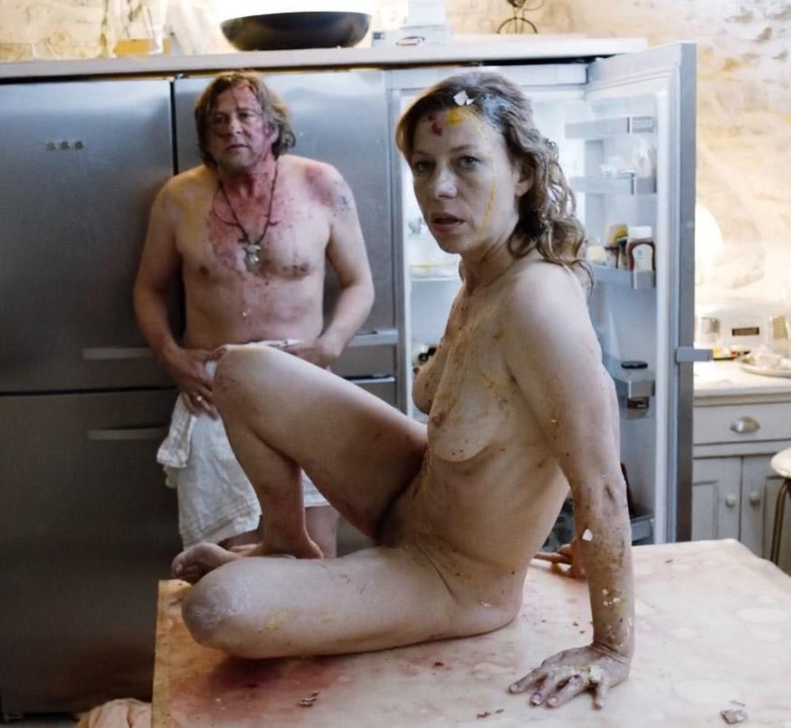 Юля Бёве голая. Фото - 7