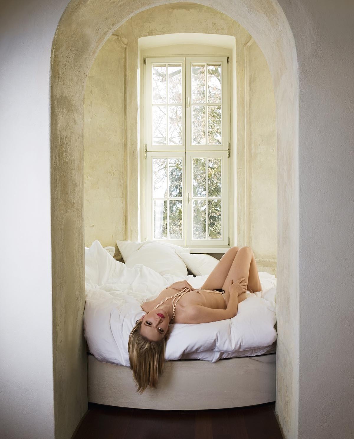 Юлия Бидерман голая. Фото - 6