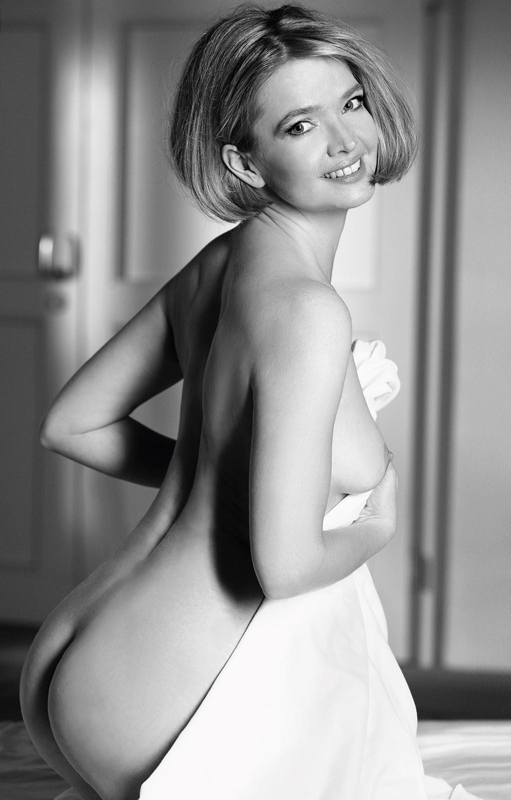 Юлия Бидерман голая. Фото - 7