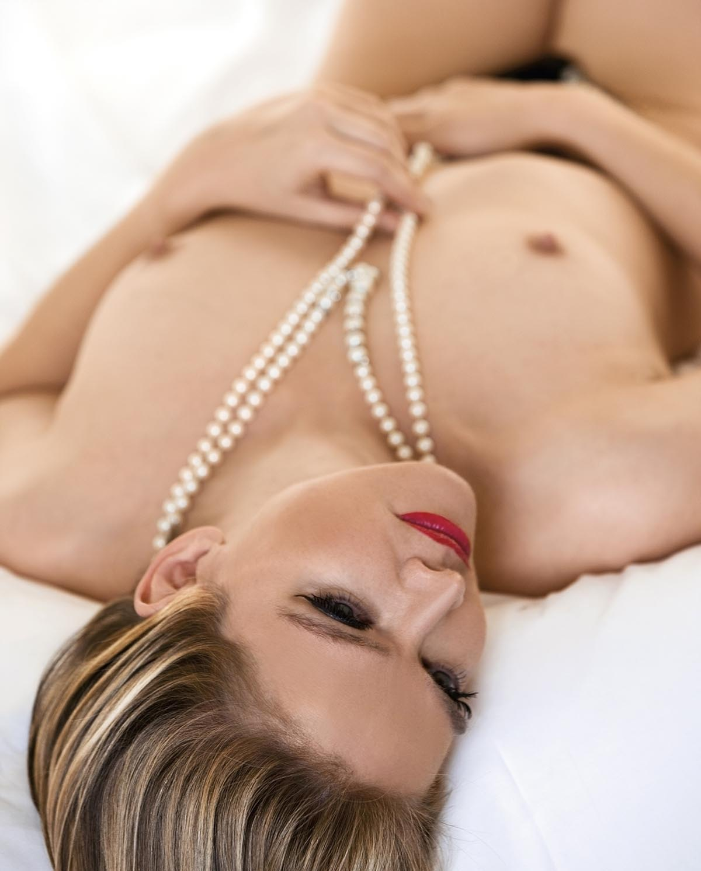 Юлия Бидерман голая. Фото - 8