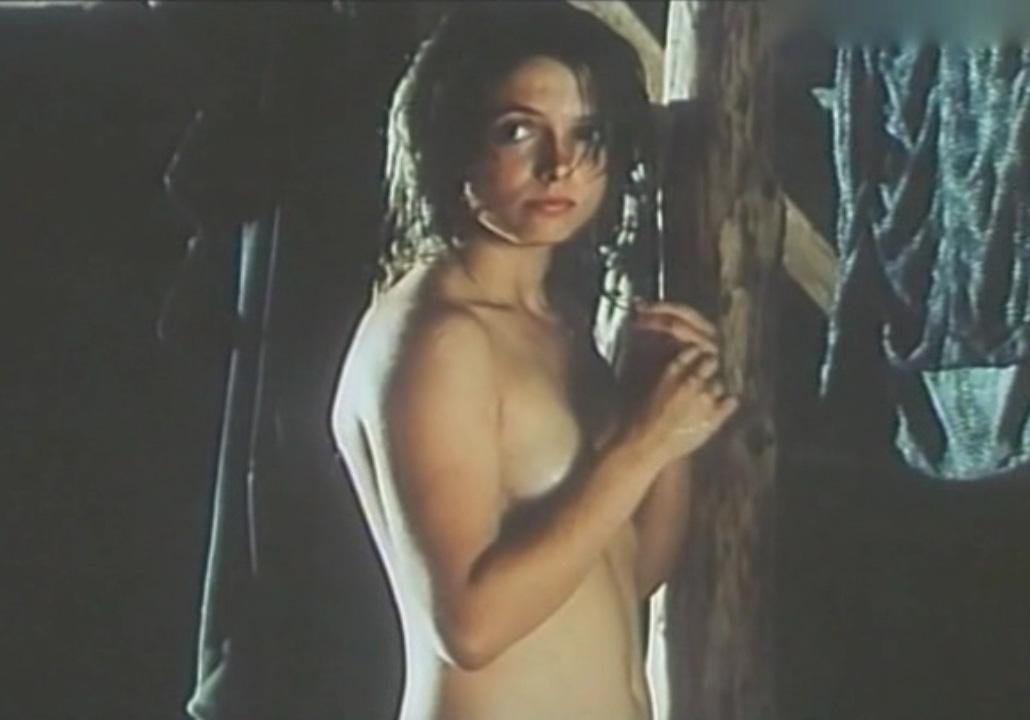 Юлия Брендлер голая. Фото - 16