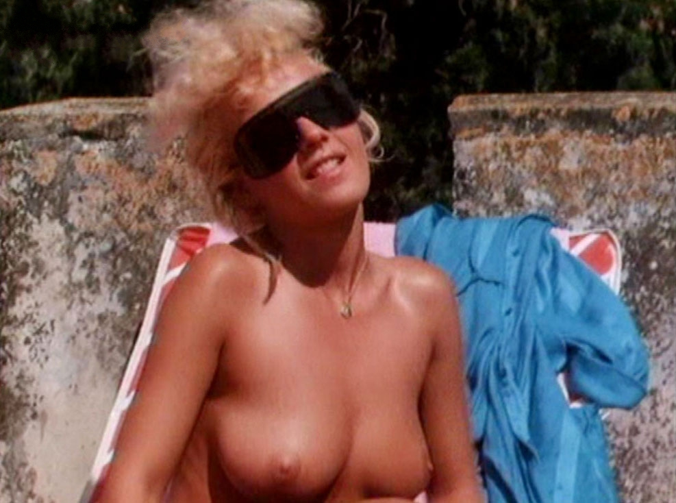 Julie k smith as pam anderson