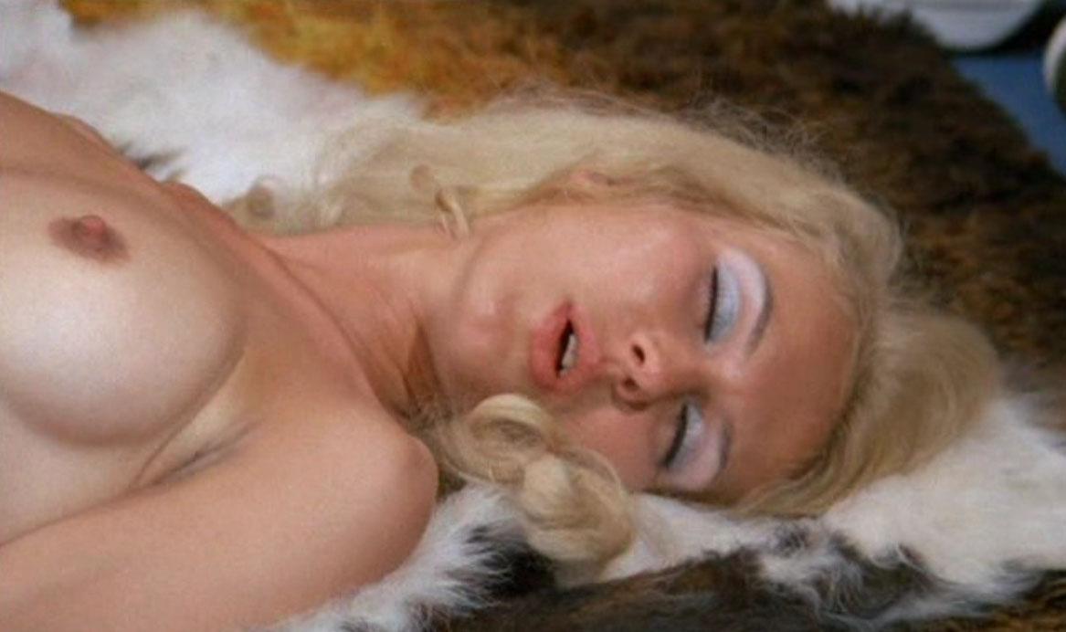 Карин Хофманн голая. Фото - 104