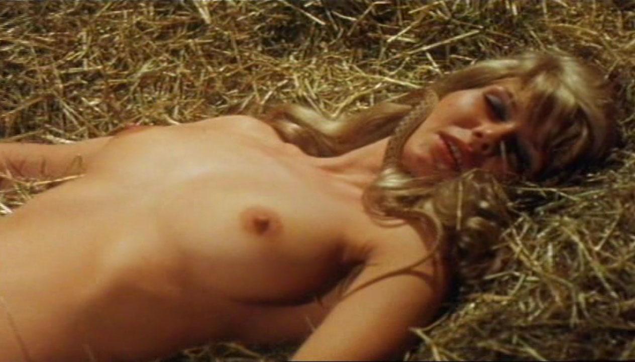 Карин Хофманн голая. Фото - 3