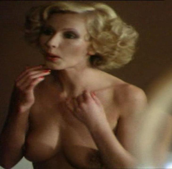 Карин Хофманн голая. Фото - 45