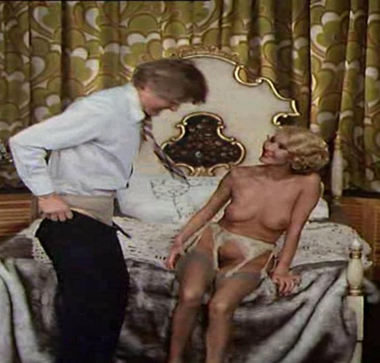 Карин Хофманн голая. Фото - 51