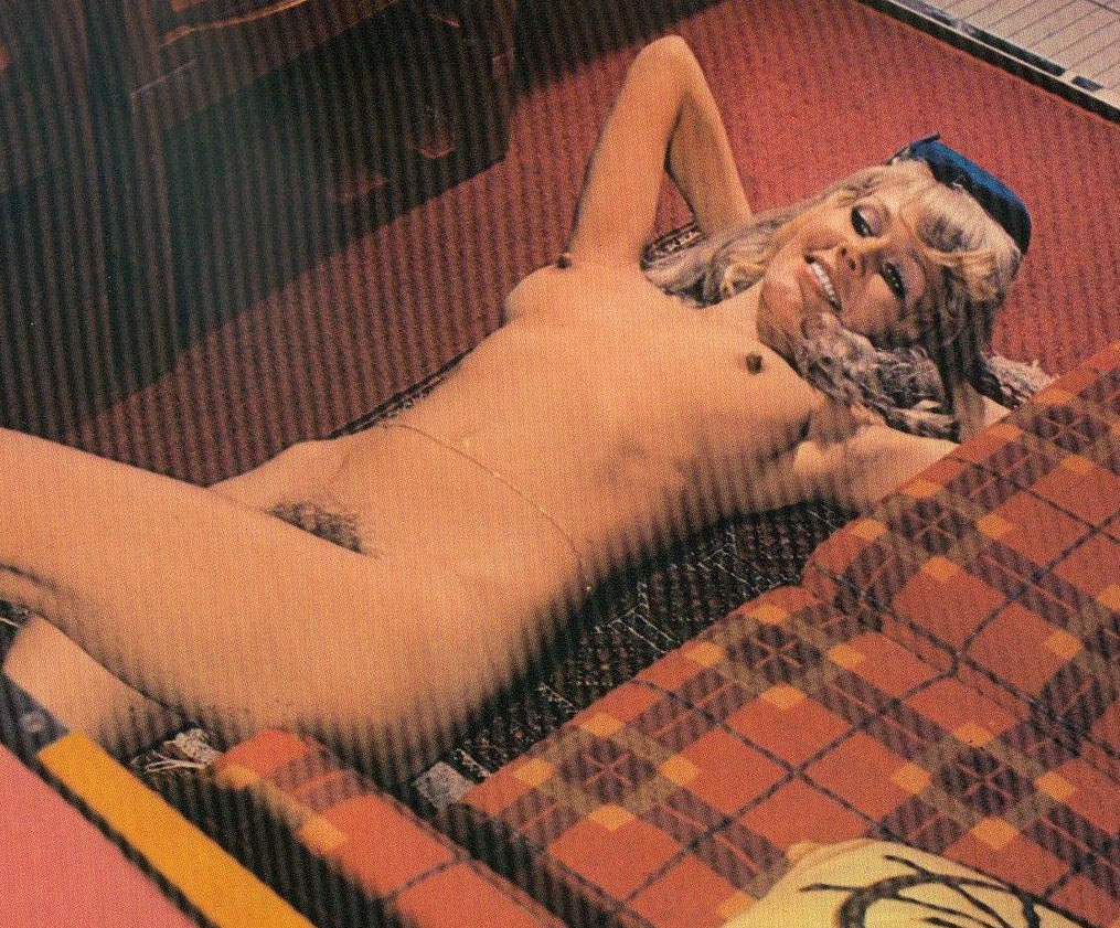 Карин Хофманн голая. Фото - 63