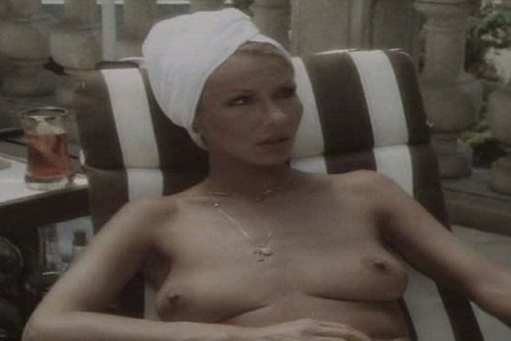 Карин Хофманн голая. Фото - 80