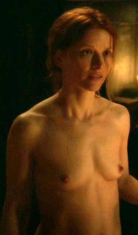 Каролина Шух голая. Фото - 4