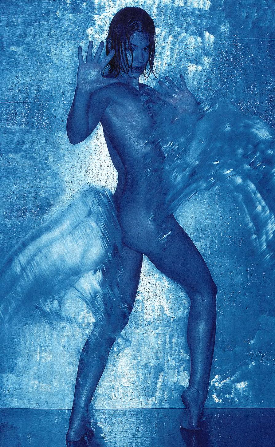 Катя Войвуд голая. Фото - 11