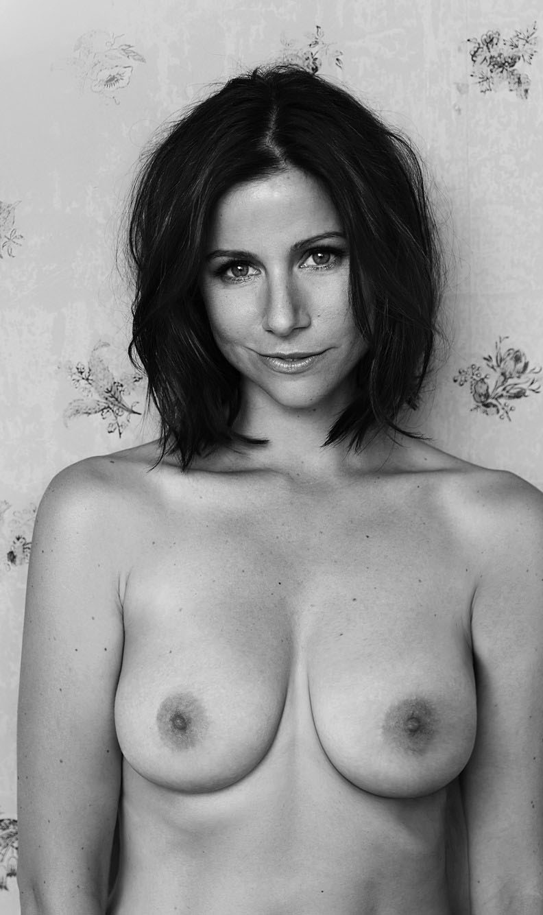 Катрин Хес голая. Фото - 18