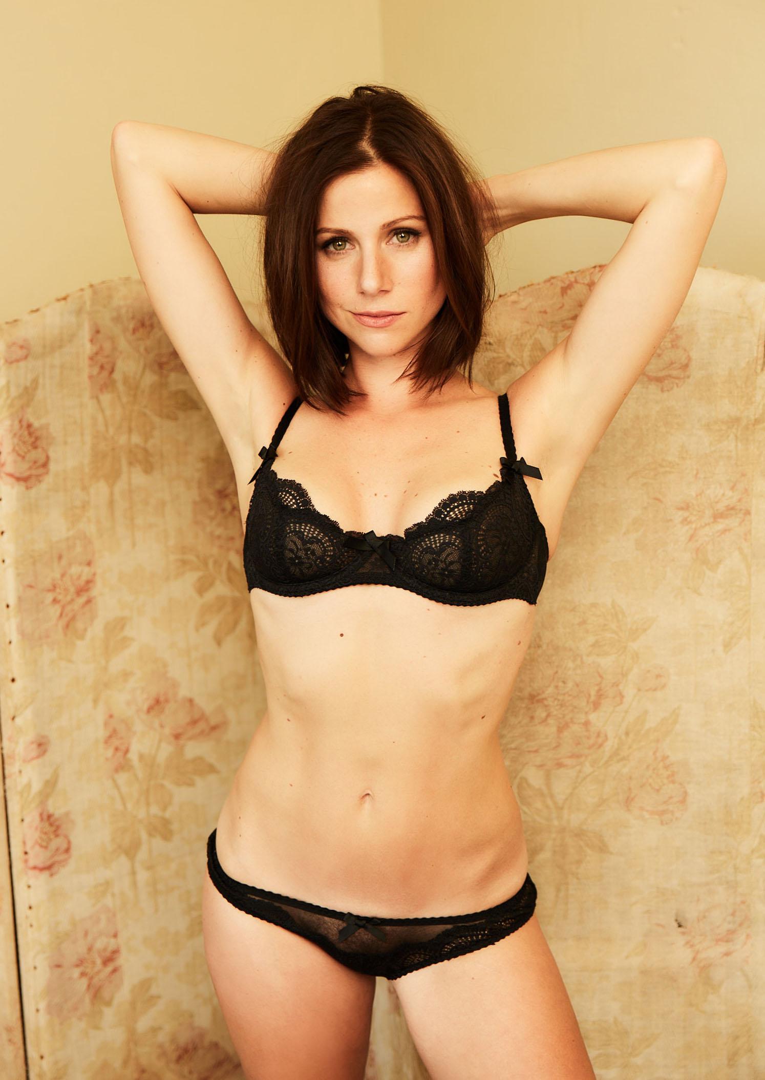 Катрин Хес голая. Фото - 25