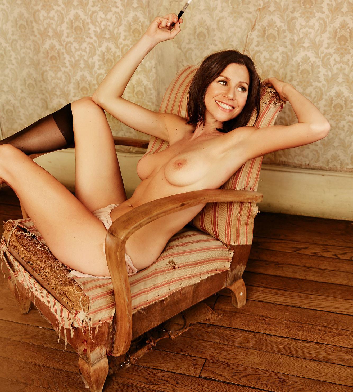 Катрин Хес голая. Фото - 3