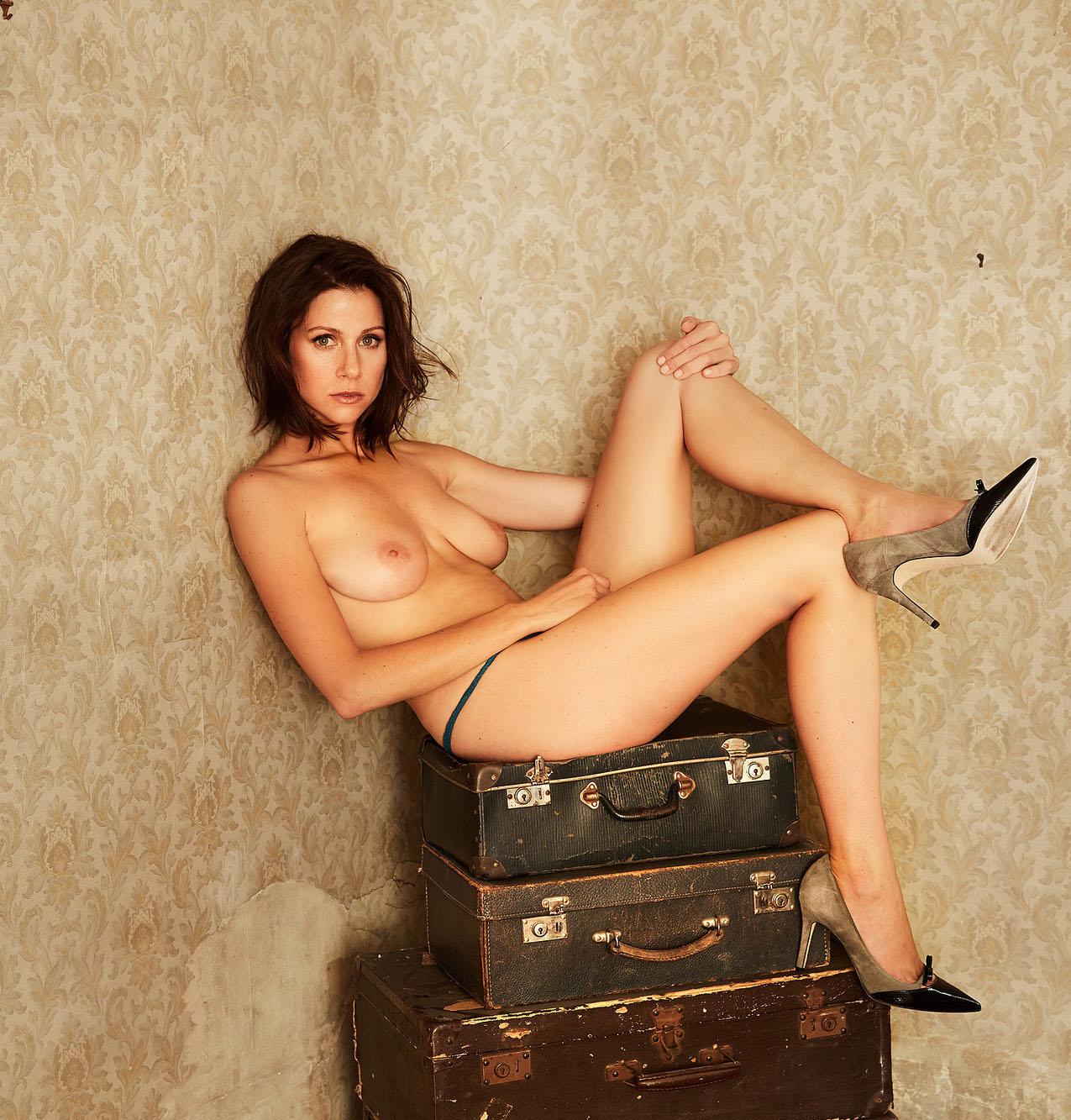 Катрин Хес голая. Фото - 6
