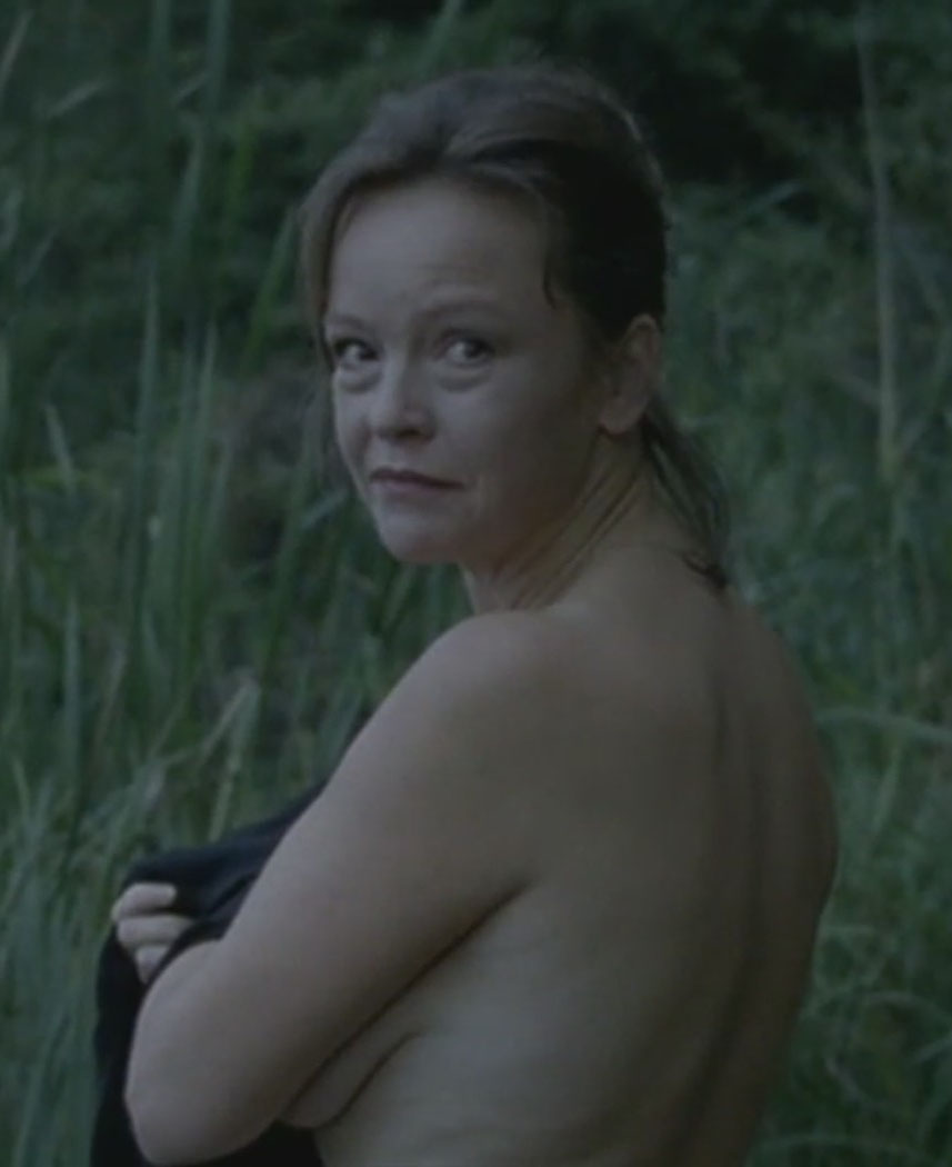 Катрин Засс голая. Фото - 1