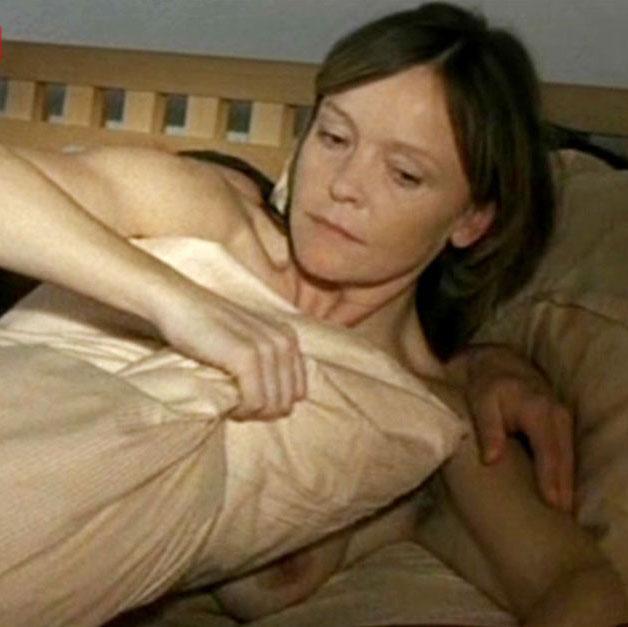 Катрин Засс голая. Фото - 13
